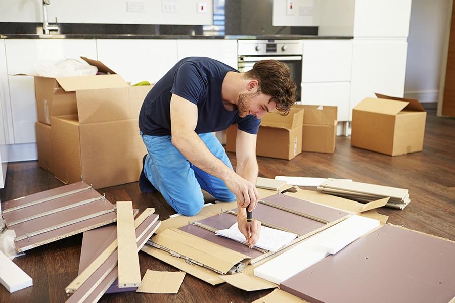 Côté bricolage, vous avez un meuble en kit à monter, vous êtes heureux quand :