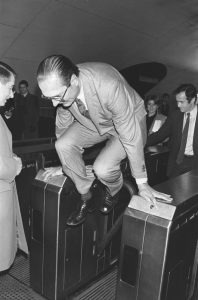 chirac resquille
